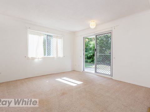 Greenslopes, 1/348 Cornwall Street