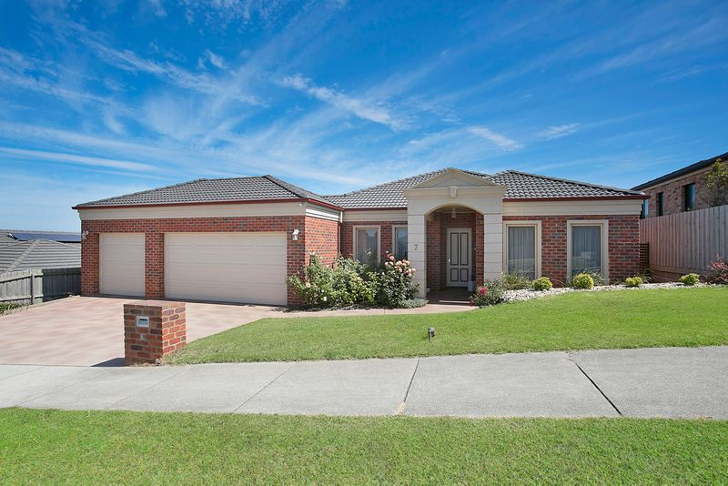 WE ARE SELLING TO RELOCATE! - Warrnambool