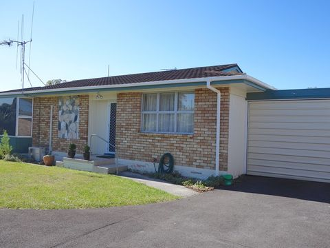 Hillcrest, 25a Chesterman Road