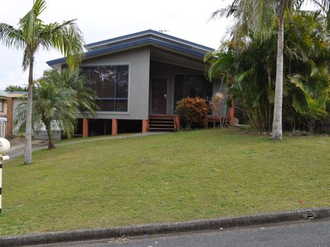 Forster, 49 Surfview Avenue