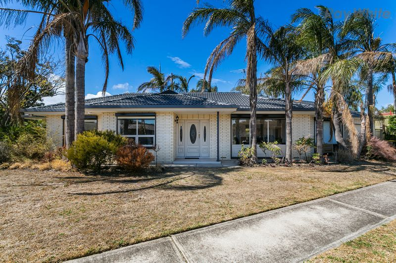 ANOTHER ONE SOLD AT AUCTION by Carmela Kyriakides 0404 412 832 - Fulham Gardens