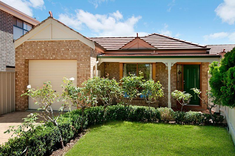 A delightful Torrens Title Federation Style courtyard home - Magill