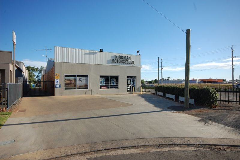 Corner of Crossing & Wakaden Streets - Griffith