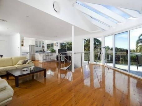 Beautiful Furnished 4 Bedroom Home - 6 Month Lease, Views and Air-conditioning - Allambie Heights