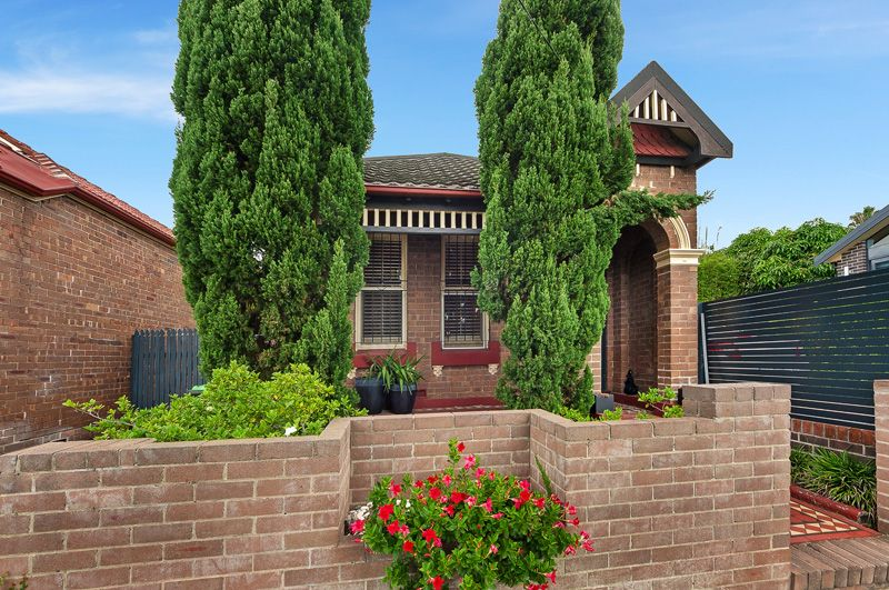 Family Favorite in Favourable Location - Leichhardt