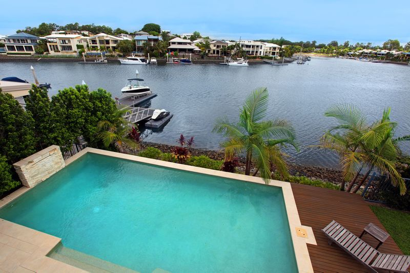 Best Value Large Modern Waterfront Home on 804m2* - Absolutely Will Be Sold! - Coomera Waters