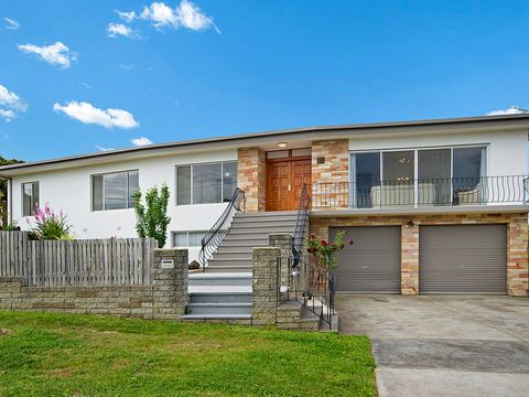 Highton, 16 Melrose Avenue