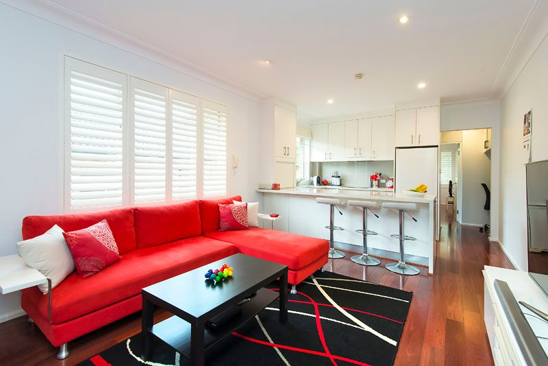Sleek renovated apartment in parkside setting - Cammeray