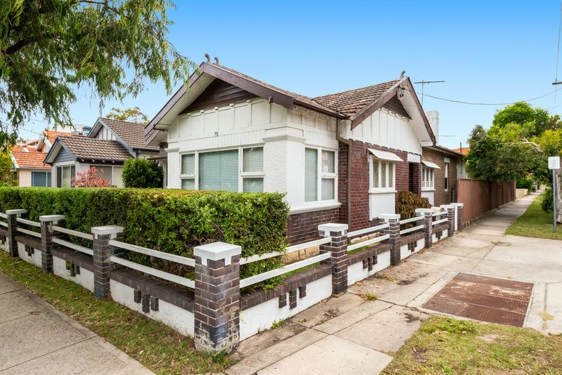 Classic Californian Bungalow on Corner Block - Maroubra