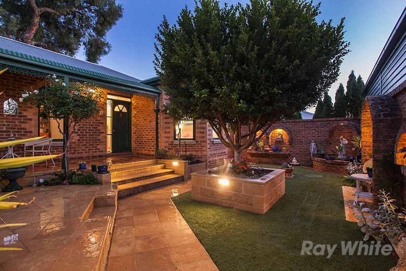 Exquisite Victorian-Style Townhouse Crafted For Entertaining - Ferntree Gully