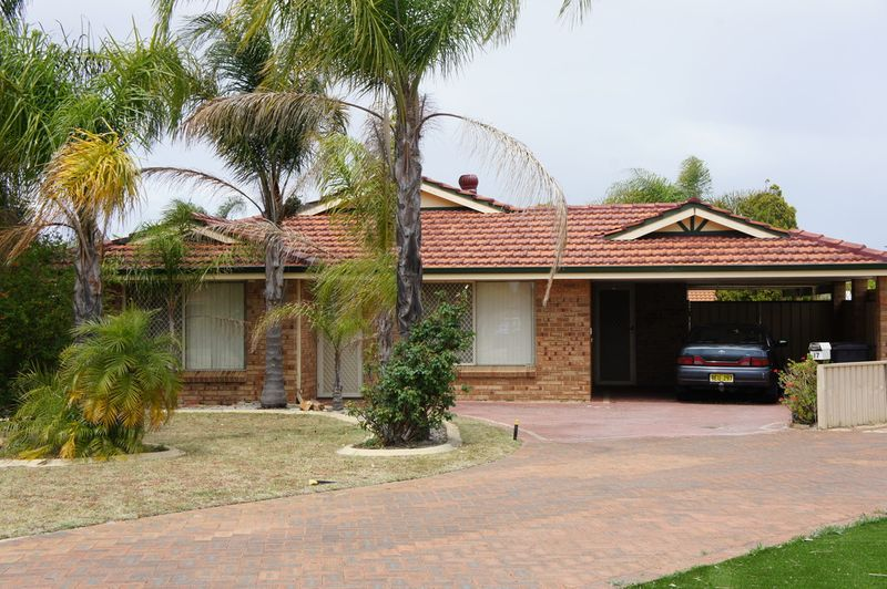 Great location and Spacious living - Huntingdale