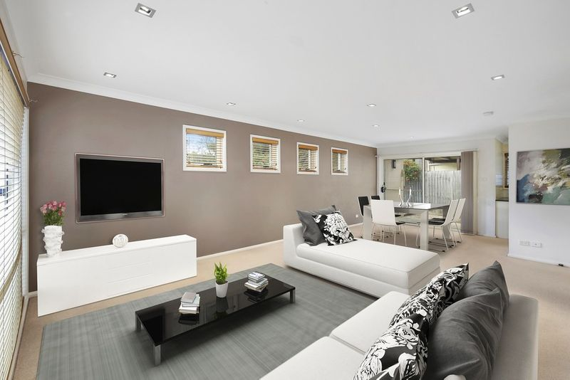 Contemporary Living with Vast Garden and Alfresco Areas - Berkeley Vale