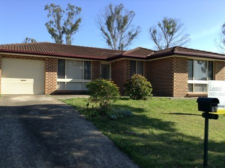Neat and tidy 3 Bedroom Home - Hassall Grove