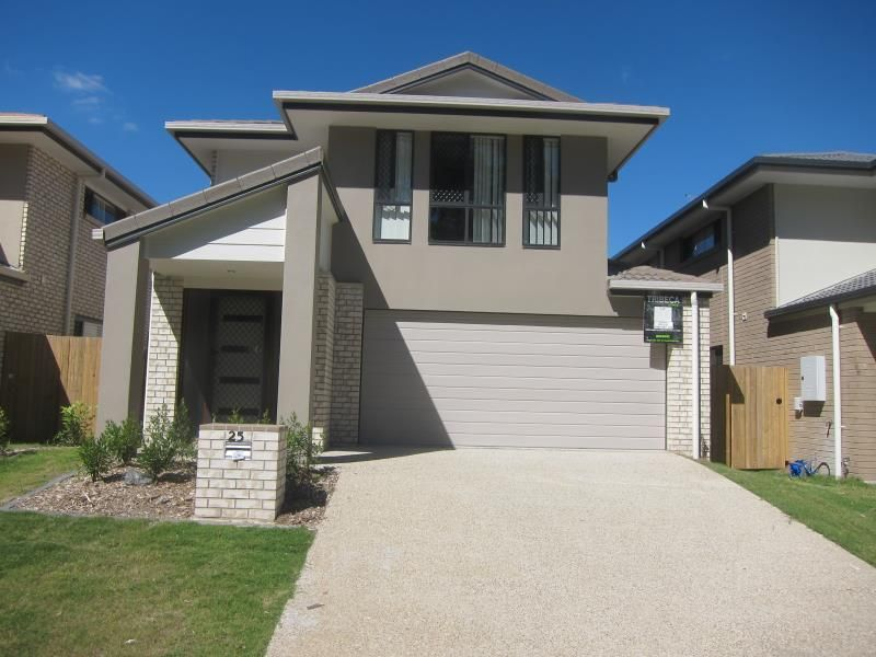 FABULOUS TWO STOREY HOME IN WATERFORD COME SEE THIS BEAUTIFUL HOME - Waterford