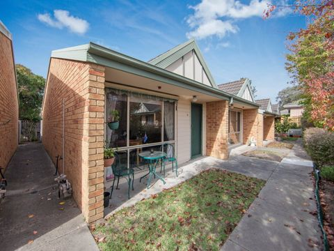 Frankston, 13/4 Lardner Road