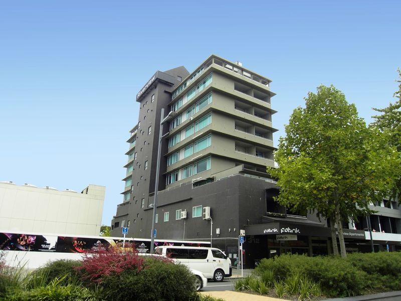 Unbelievable Price - Exclusive CBD Apartment - Hamilton