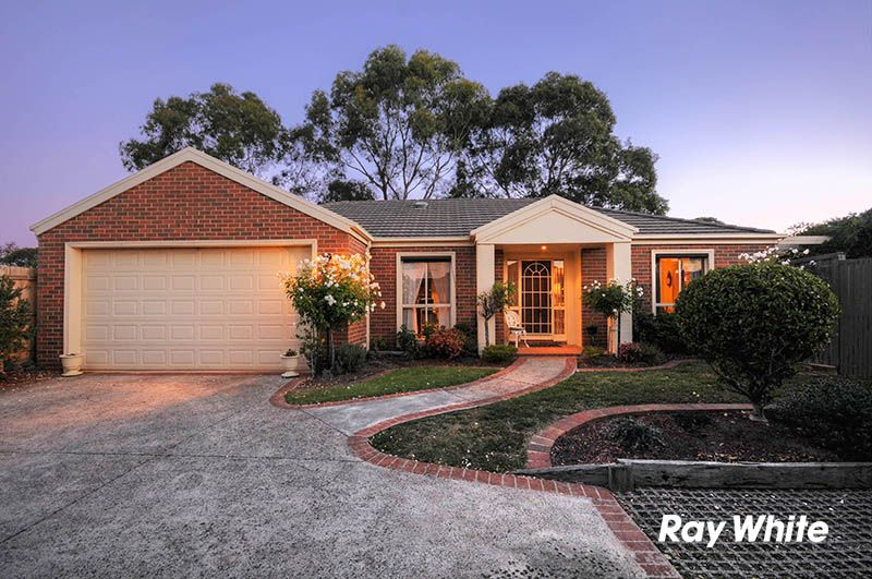 Elegant and Stylish Inside and Out - Wantirna South