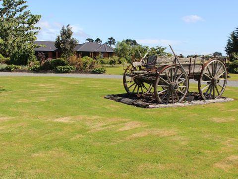 Kennington, 60 Kennington - Waimatua Road