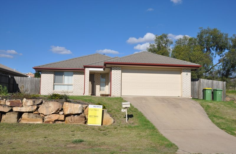 Need to Move Now?  This One's For You! - Glenvale