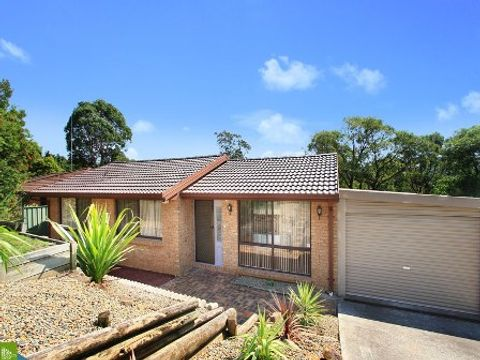 Cordeaux Heights, 4 Telopea  Place