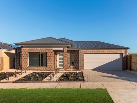 Curlewis, 11 Meadow Drive