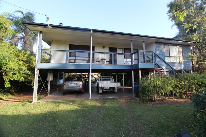 EVERYTHING YOU NEED IS RIGHT HERE! VENDORS RELOCATING AND KEEN TO SELL NOW! - Charleville