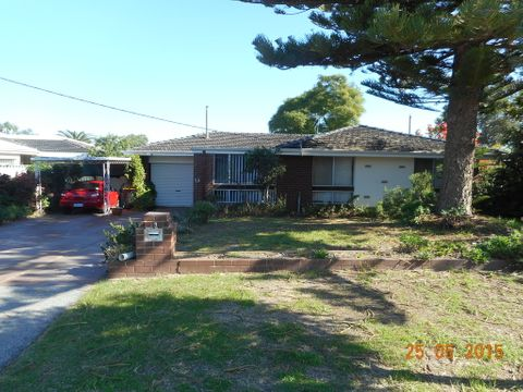 Hamersley, 53 Blissett Way