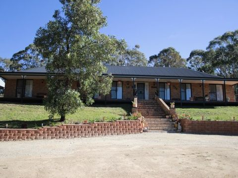 Marrangaroo, 2B Hughes Lane