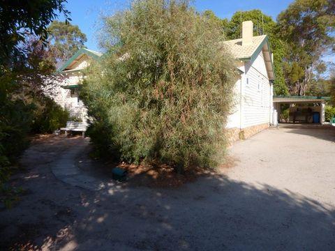 Mount Barker, 1 Eaton Avenue