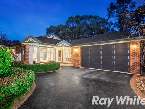 Knoxfield, 8 Woodview Place