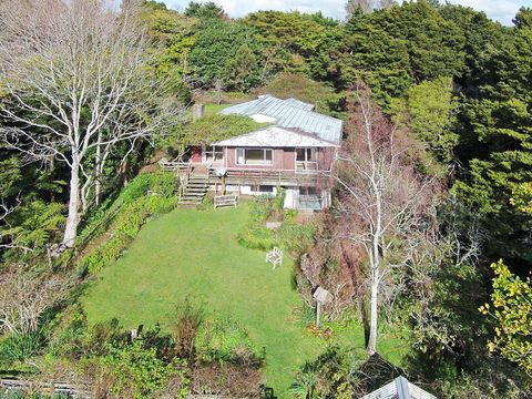 Pukekohe, 39 Coulston Road