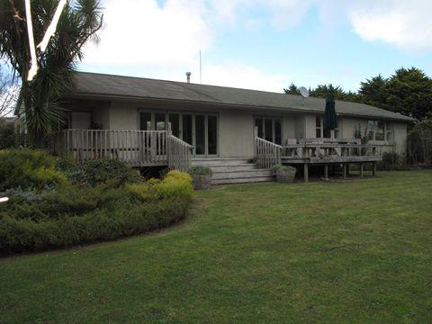 Raglan, 937 Te Akau Road