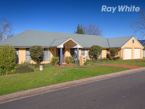 Lavington, 90 Michelle Avenue