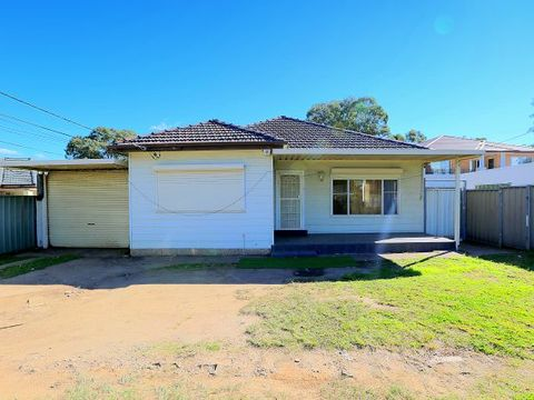 Georges Hall, 242 Henry Lawson Drive