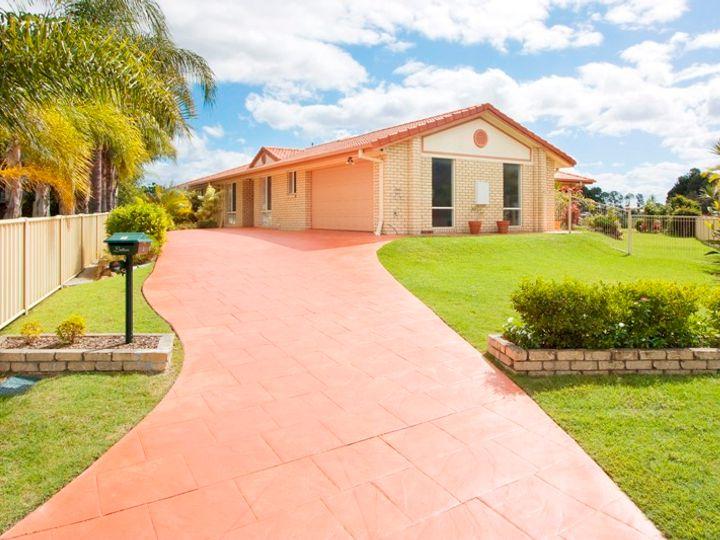 1 Beaconsfield Drive, Burleigh Waters, QLD