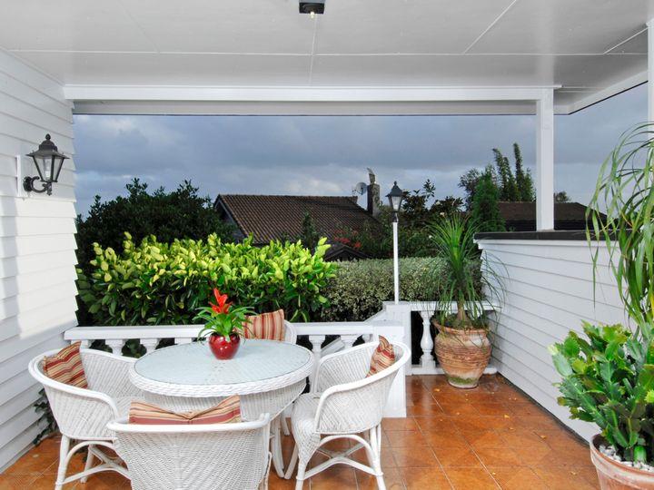24 Stoneyroyd Gardens, Remuera, Auckland City