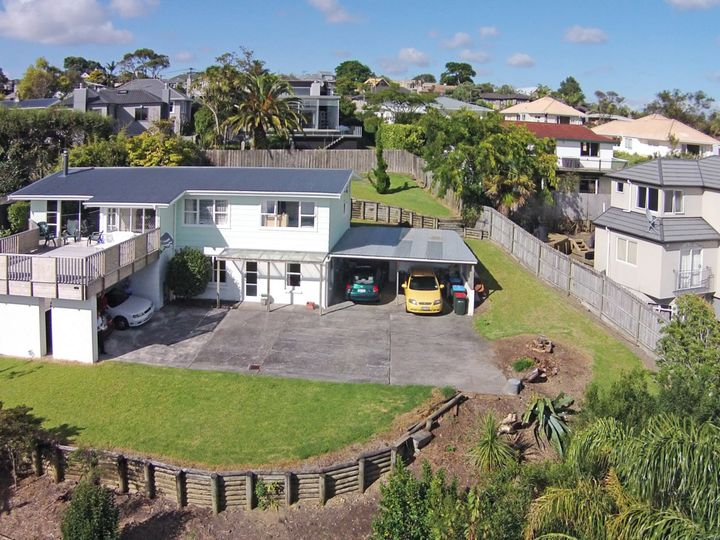 5 Beere Place, Meadowbank, Auckland City