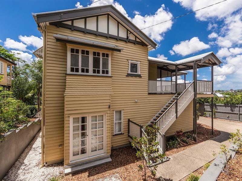 House leased paddington qld 69 rockbourne terrace for Queensland terrace