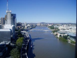 FULLY FURNISHED WITH PANORAMIC VIEWS - Brisbane
