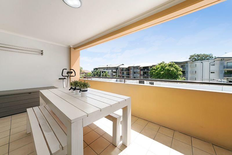 51 52 newstead terrace newstead qld residential