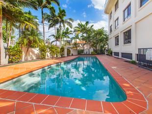 Best Budget Buy In Chevron Island! - Surfers Paradise