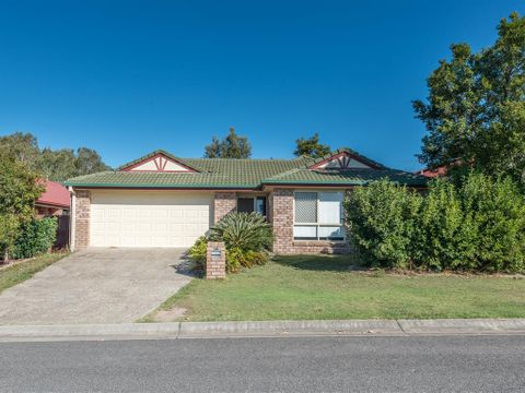 North Lakes, 18 Standish Street