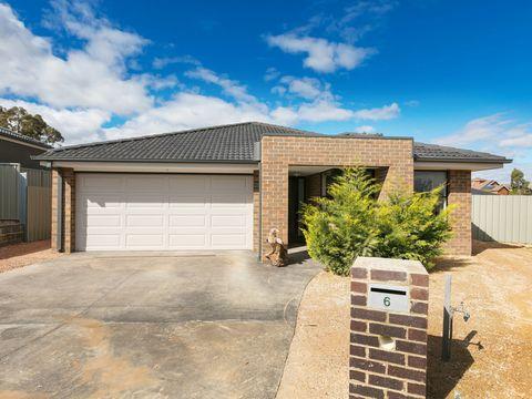 Kangaroo Flat, 6 Trickett Court