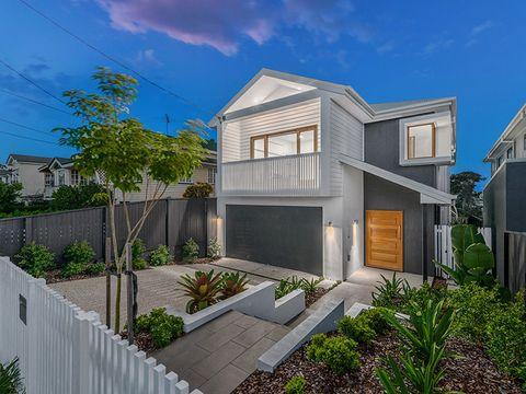 Ashgrove, 7 Canberra Drive