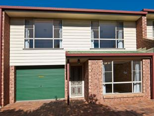 SPACIOUS TOWNHOUSE IN GREAT CONDITION!! - Wilsonton