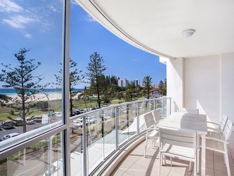 Coolangatta, 305/110 Marine Parade 'Reflections Tower Two'