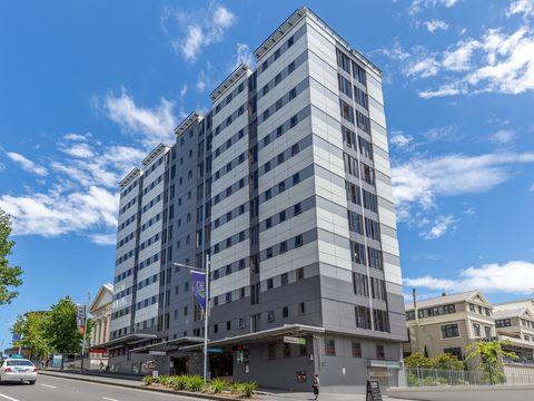 Auckland Central, 421 Queen Street