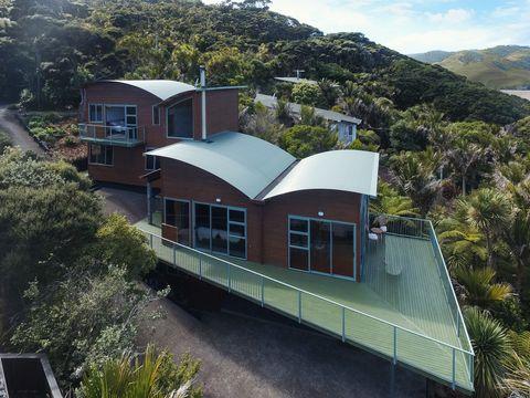Bethells Beach, 51 Tasman View  Road