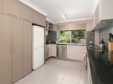 Indooroopilly, 3/130 Central Avenue